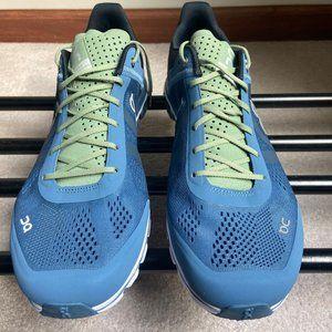 ON CLOUD Men CloudFlow Running Shoes - NEW -NWB